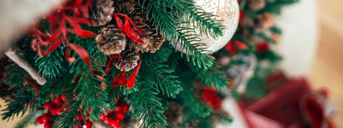 Decora tu árbol de Navidad para las fechas más especiales