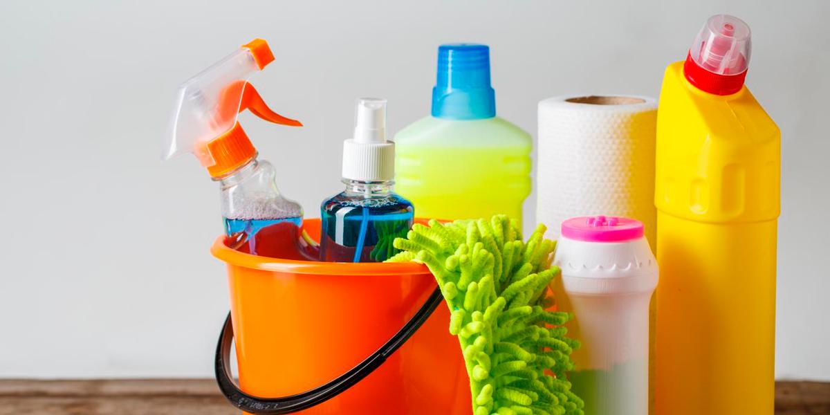 Cómo guardar correctamente los productos de limpieza